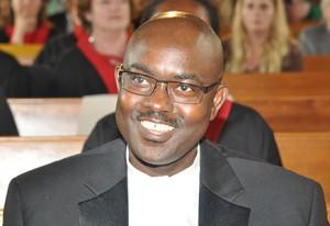 Pastor Peter Mansaray vom Afrikanisches Zentrum Borgfelde in Hamburg